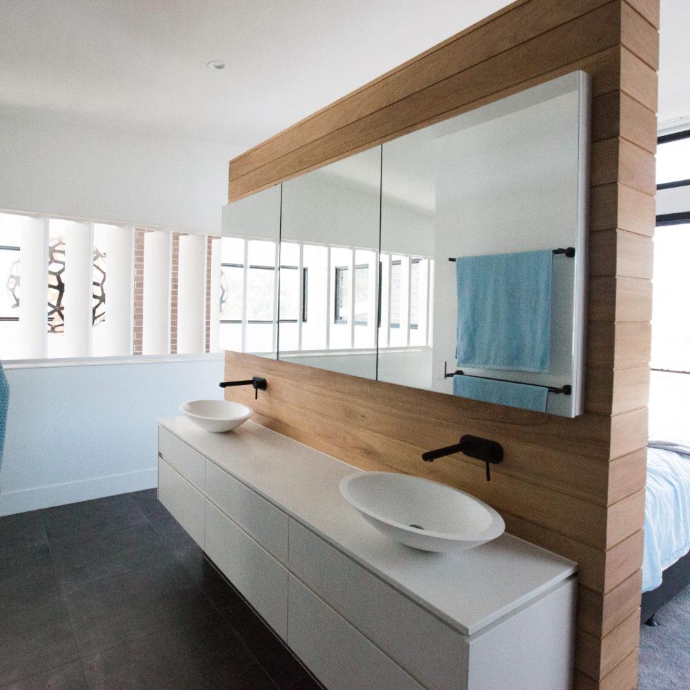Flat pack bathroom cabinets - Cabarita Residence